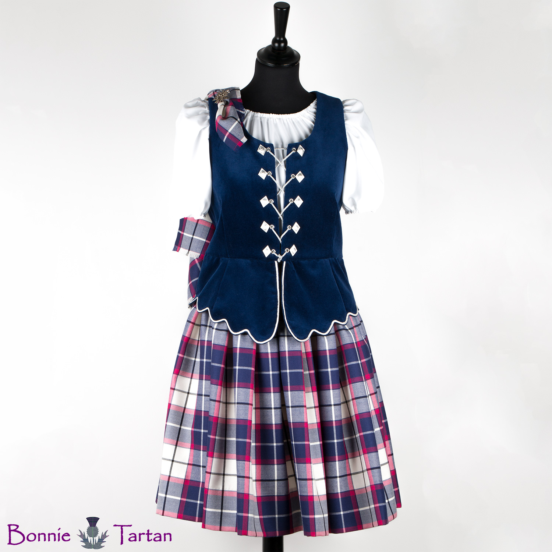 Aboyne Outfit shown in Bonnie Marine tartan