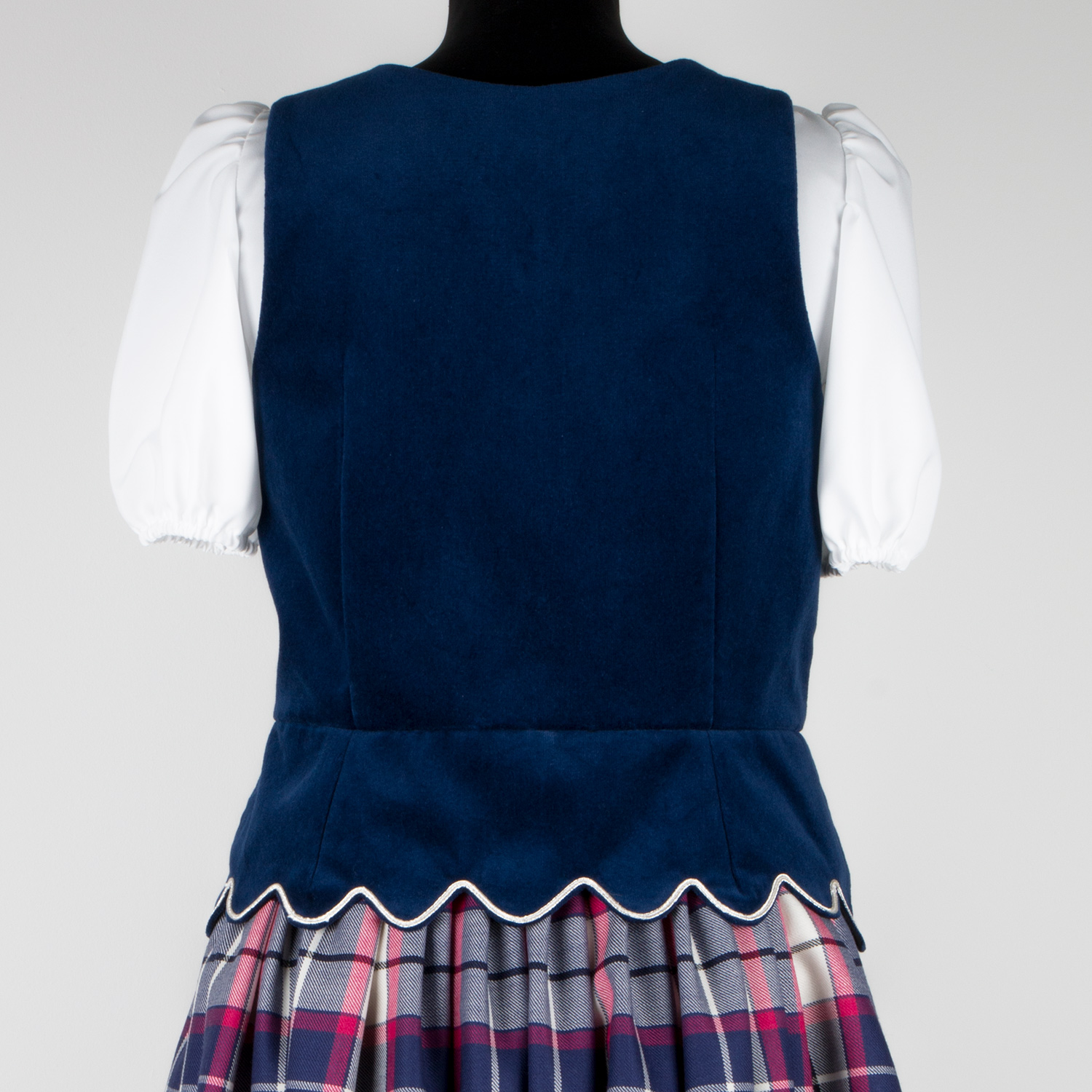Aboyne Vest in Marine with scallopes